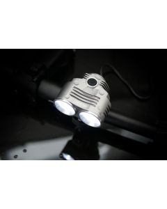 Profesjonalna latarka lampka rowerowa MR 801 15W 2xLED 5 trybów świecenia + akumulator