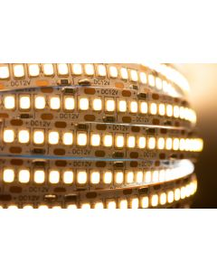 Taśma LED 120W SMD2835 240LED/1m IP20 5m Ciepła - Rolka
