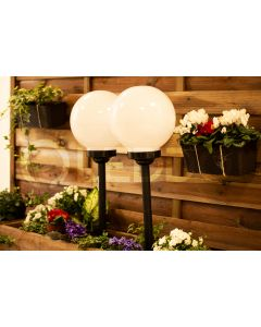 Lampa ogrodowa LED solarna biało-czarna KULA 15cm wbijana 6500K zimna VOLTENO